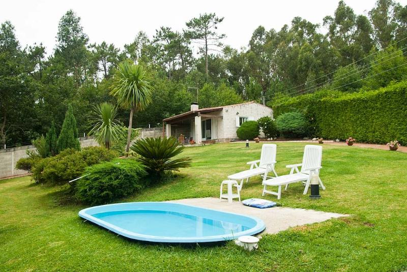 CASA COSTANEIRA, RURAL, PISCINA, vacation rental in Boiro