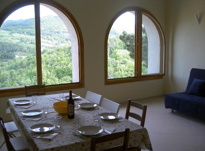 appartamento in borgo medievale della maremma, holiday rental in Cana