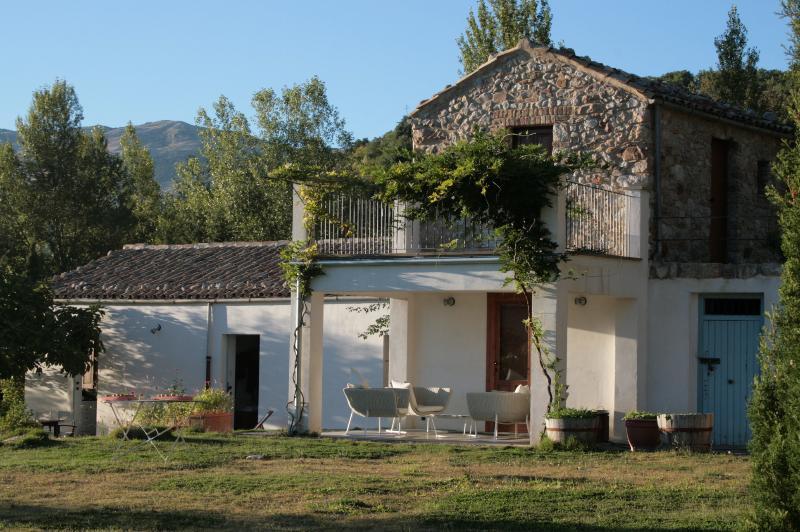 Piscazzi, holiday rental in Villalba