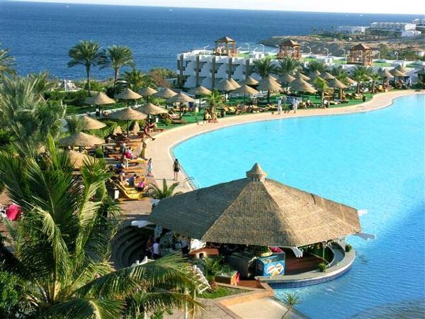 left part of the resort