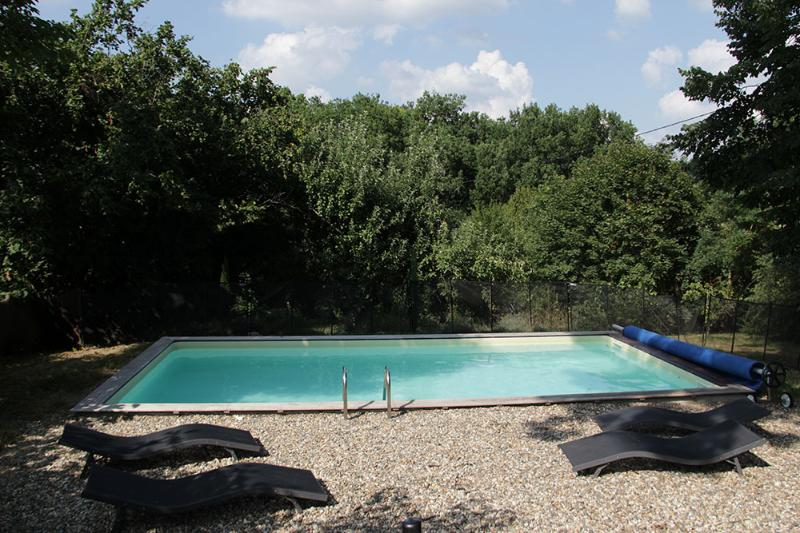 Location SUD PÉRIGORD l'Orangerie du Domaine de Mestre Piscine Privée, vacation rental in Cancon
