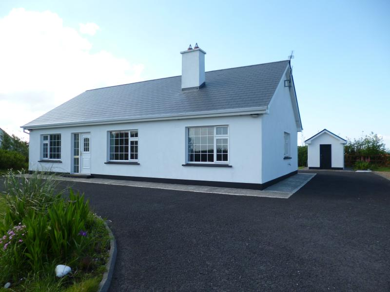 Derrycorrib rental, vacation rental in County Mayo