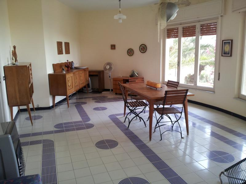 HOLIDAY HOUSE TORRE DI MANFRIA, holiday rental in Butera