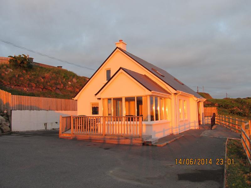 Brinlack Cottage, Donegal, holiday rental in Bunbeg