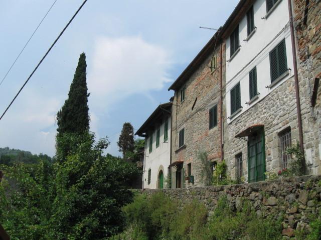 Casa Luca, via della Ruga, 14, Pietrabuona (Pescia) , PT  Italy  51017