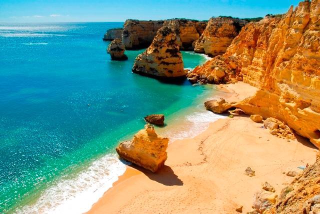 Beroemde stranden van de Algarve