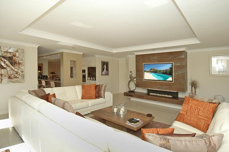 OCEANS 21 - FAMILY LOUNGE - WOW