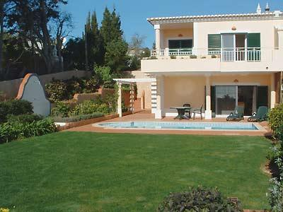 Delightful end villa with large well tended garden and private pool has super sea views
