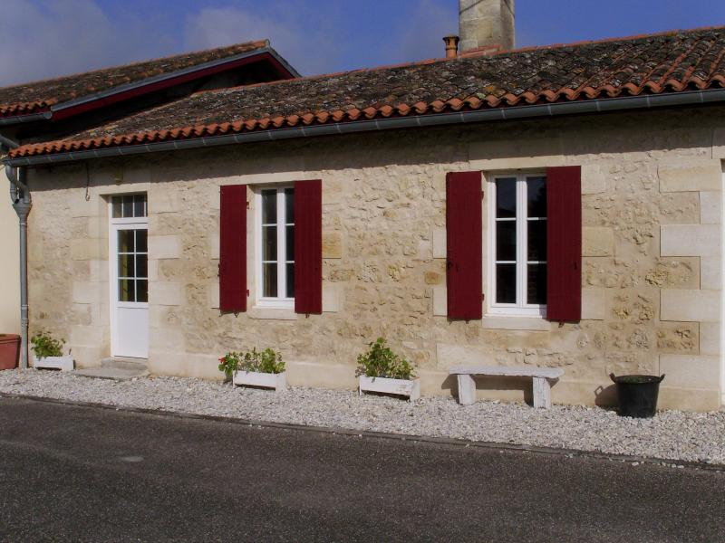 CHATEAU LE BOURDIEU, holiday rental in Lesparre-Medoc