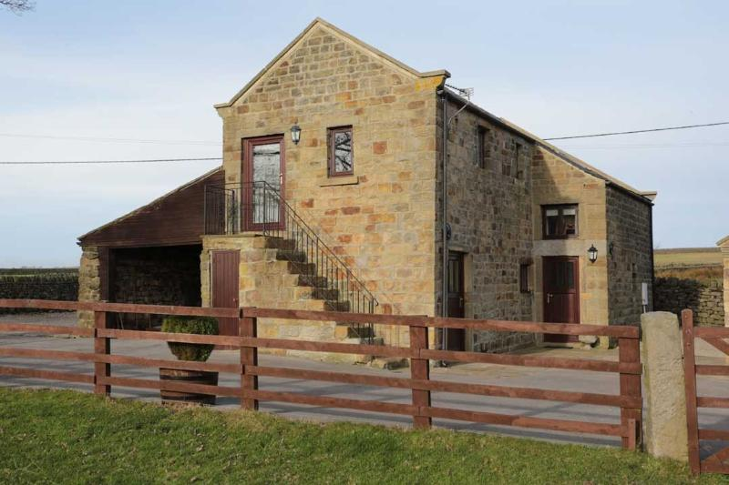 New Close Cottage, holiday rental in Summerbridge