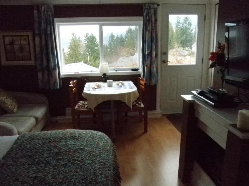 Cozy Suite living space