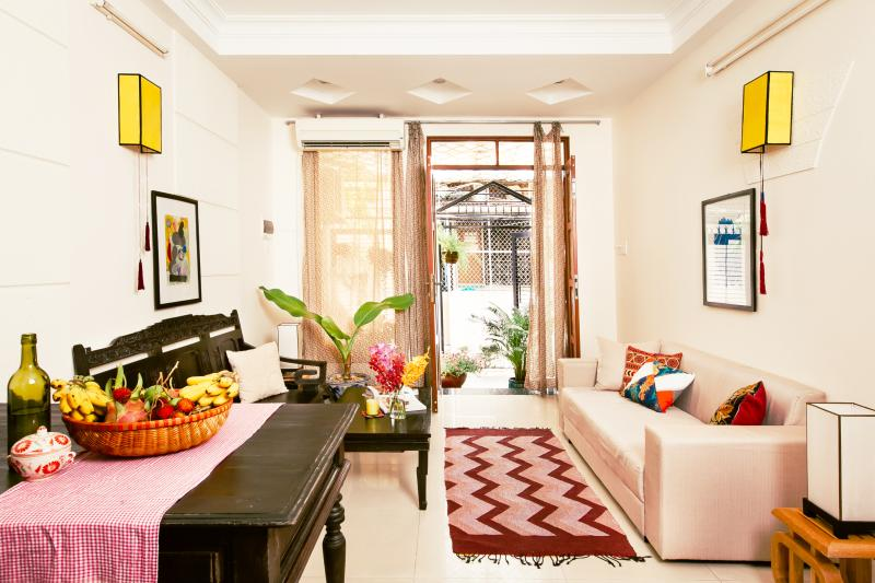Centre D1- Hidden charms entire house - Spacious 3Br, Ferienwohnung in Ho-Chi-Minh-Stadt
