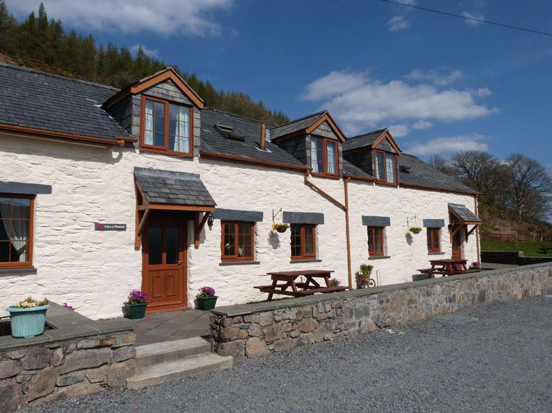 Scenic self catering accommodation just 5 miles from Betws y Coed