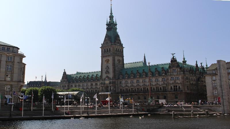 'Hamburg meine Perle' (Rathaus)