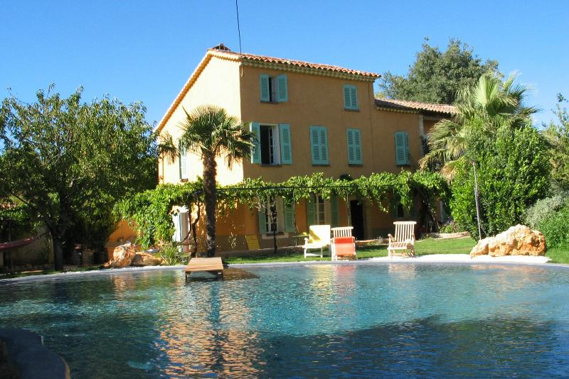 La Bastide, location de vacances à Lorgues