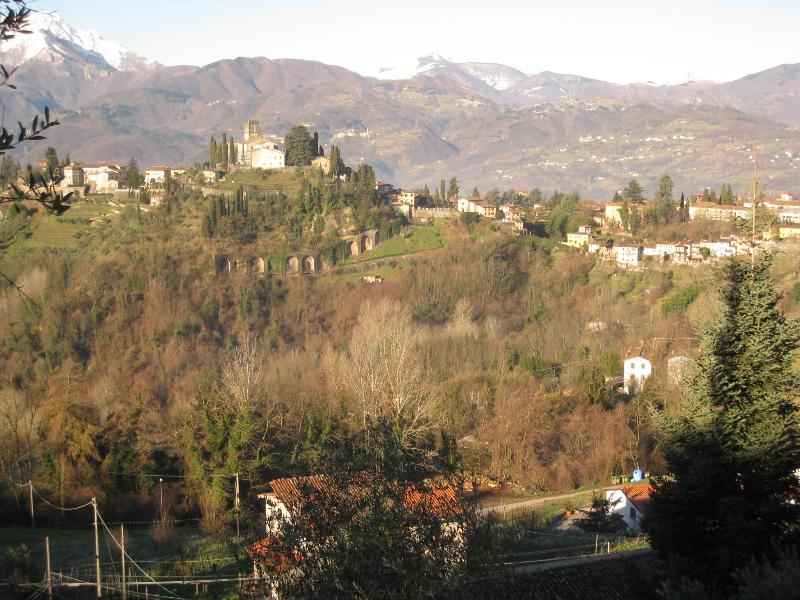 view towards Fornacetta and Pania