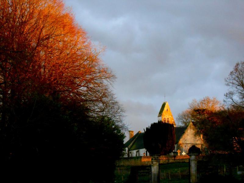 L'église vue de la Grange (automne)