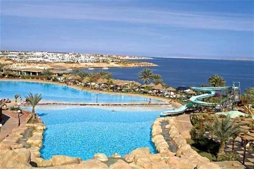 Largest swimming pool in Sharm