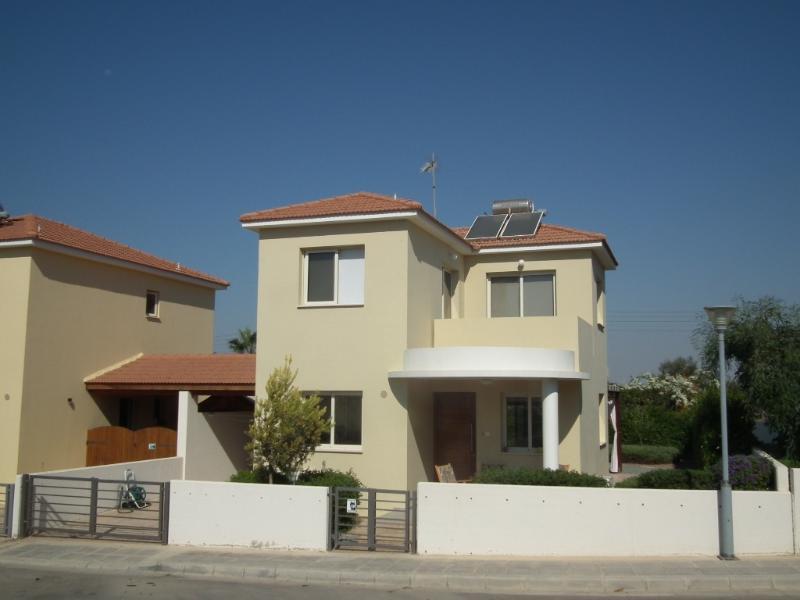 Sunrise Villa at Faros beach, communal pool, holiday rental in Pervolia