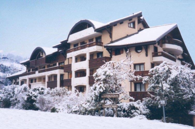 """Les Jardins Alpins' in Winter"