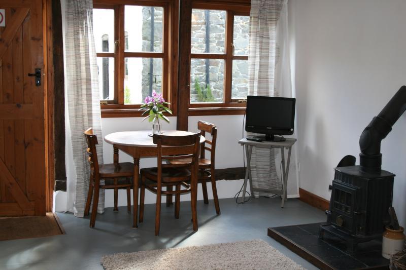Sitting / dining room