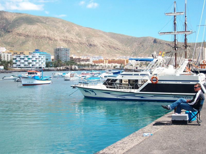 The Harbour is only a 10 minute stroll along the sea front.