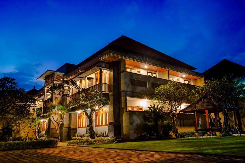 SAFIRA RESIDENCE, holiday rental in Dangin Puri