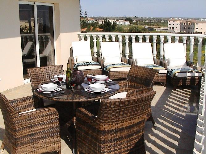 Lounge about in style or enjoy 'al fresco' dining..................