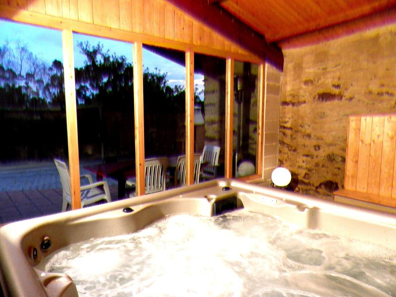 Fonte do Barro. Jacuzzi opcional., holiday rental in Cabanas