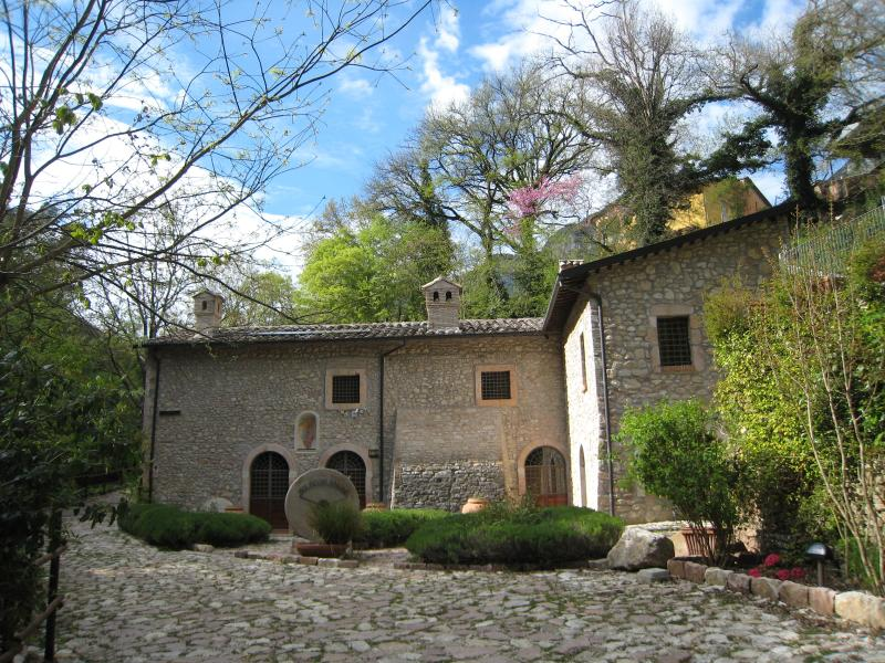 Ancaiano Country House, vacation rental in Spoleto