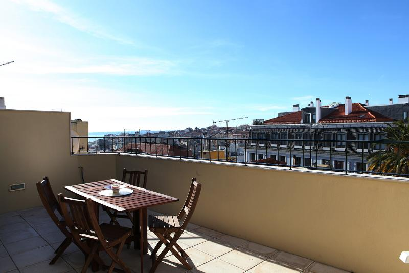 New duplex with fantastic view, alquiler vacacional en Lisboa