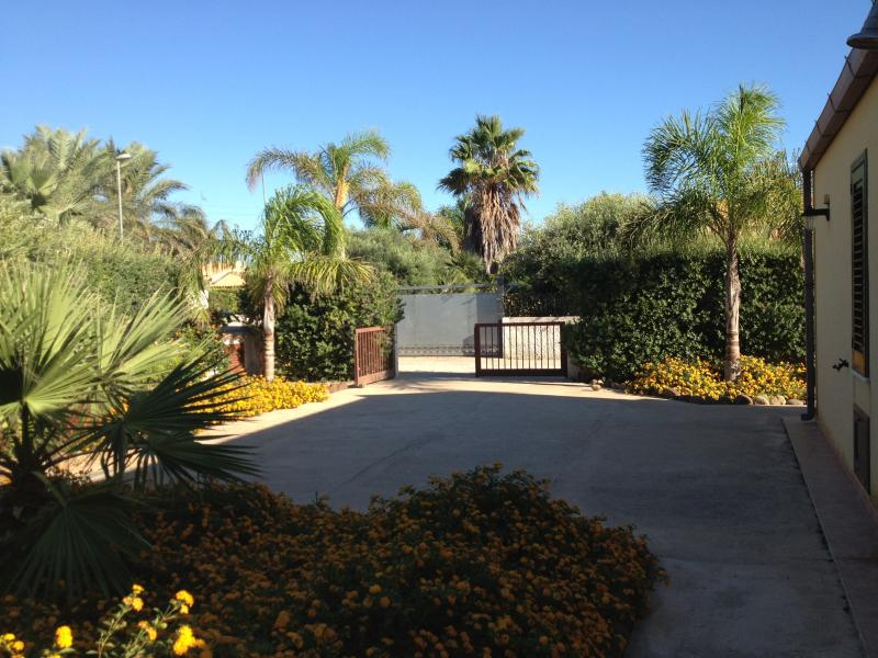holiday family villa, holiday rental in Petrosino