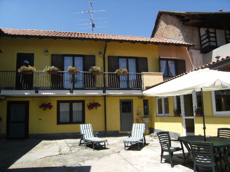 NEBBIUNO LAKE MAGGIORE, holiday rental in Fosseno