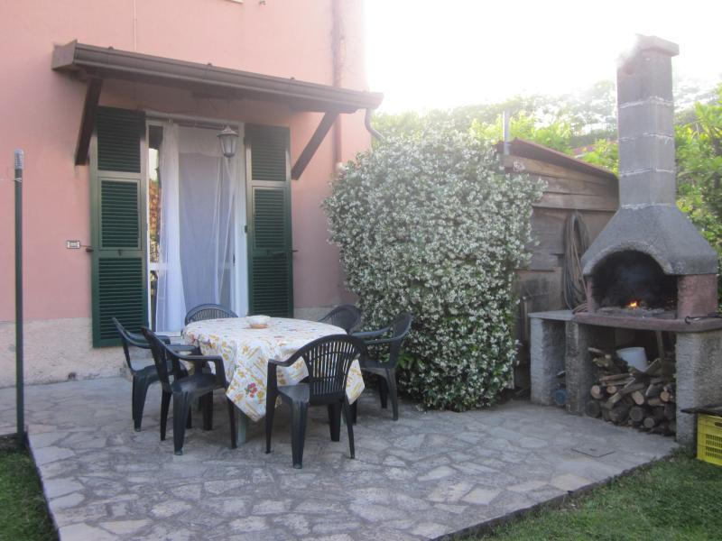 Appartamento ammobiliato Ca' di Boschetti Old Farm, Ferienwohnung in La Spezia