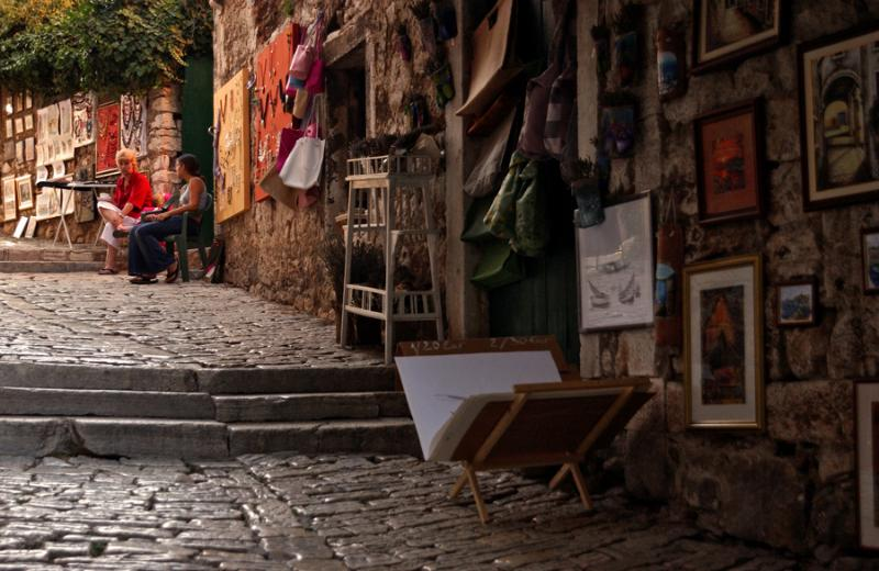 Grisia- street of artists