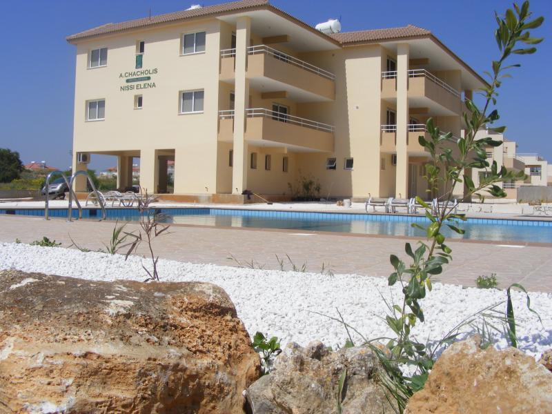 Nissi Elena Court swimming pool