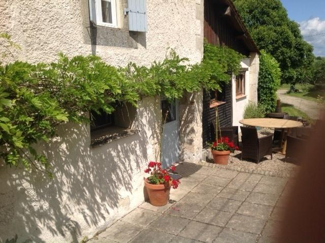 The Gite, vacation rental in Cours-De-Monsegur