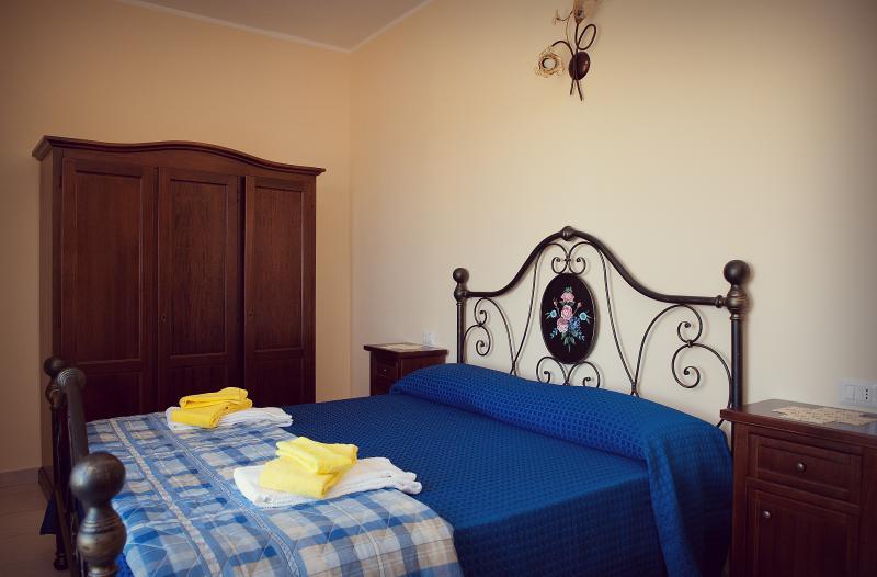 Casa Vacanza Ortensia a SAN FELE (PZ), Ferienwohnung in Baragiano