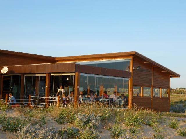 A very good restaurant on the beach.