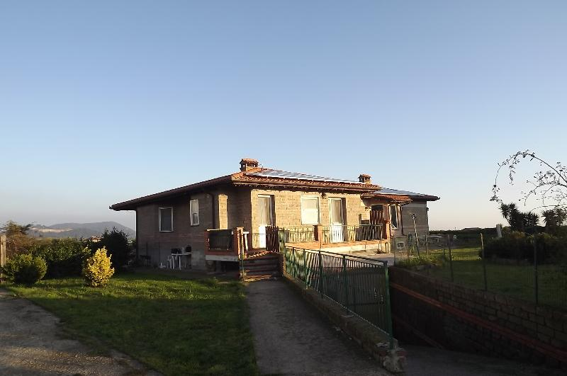 B. & B.  Leylandii, holiday rental in Cerveteri
