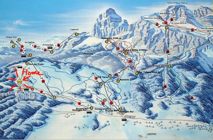 Le piste della ski area 'Tofane'.
