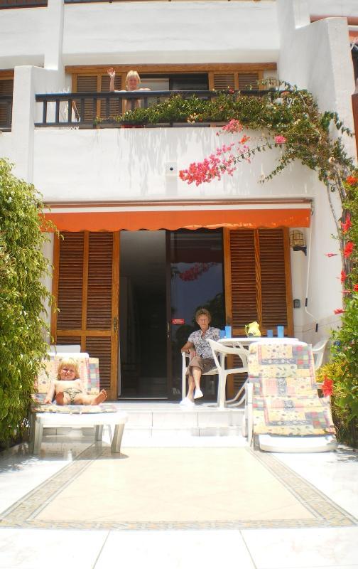 Private outside patio & garden terrace