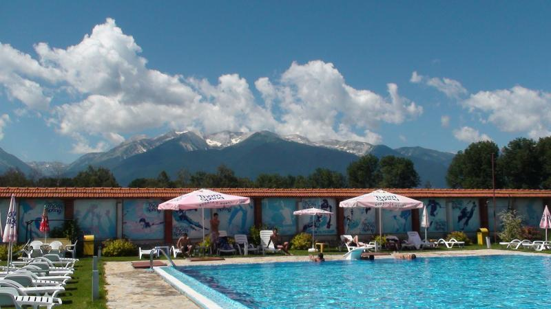 Lovely outdoor swimming pool at the Piry Hotel