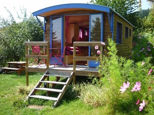 La Roulotte Beaujolaise, vacation rental in Saint-Igny-de-Vers