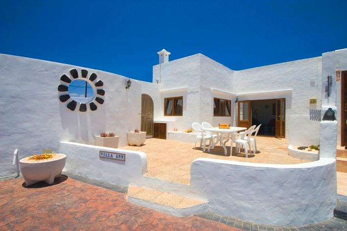 VILLA ANN - LANZAROTE COUNTRY VILLAS, vacation rental in Nazaret