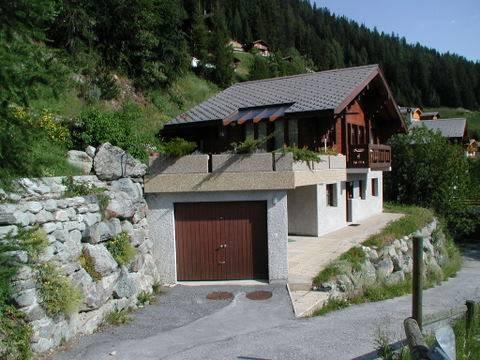 Außen - Garage - Terrasse