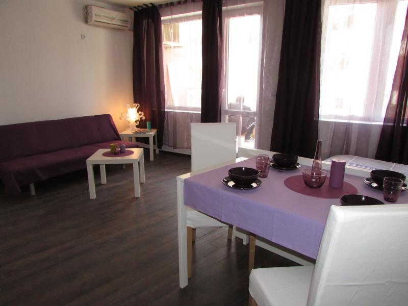 'Rhapsody in velvet', holiday rental in Pomorie
