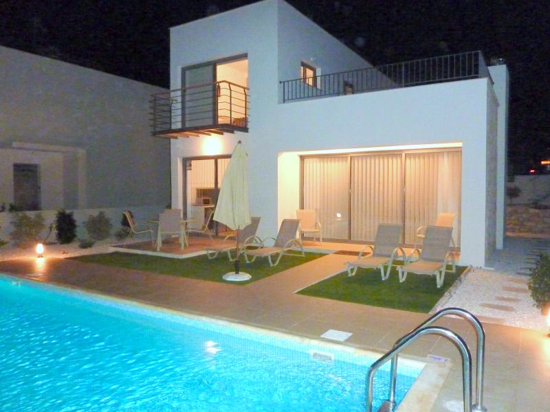 Villa by night - relax and swim at midnight! See large terrace - 1st floor right