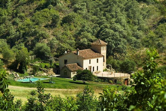 Rustic villa + 2 adjacent cottages (sleeps 10), private pool, great views, vakantiewoning in Sierra de Grazalema Natural Park