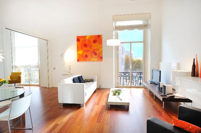 Living room views to Plaza Catalunya